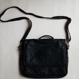Handbags - Black leather laptop bag